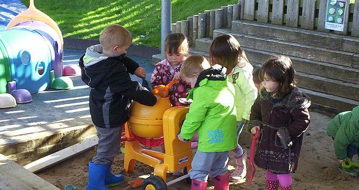porthleven childcare